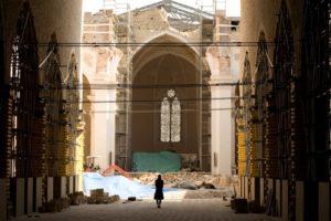 una-chiesa-de-l-aquila-ritratta-nel-film-la-citta-invisibile-169452